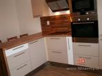 Rekonstrukce bytu 3+1 kuchyň