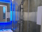 Malé panelákové koupelny č.24